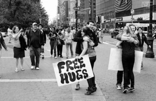 free-hug.jpg